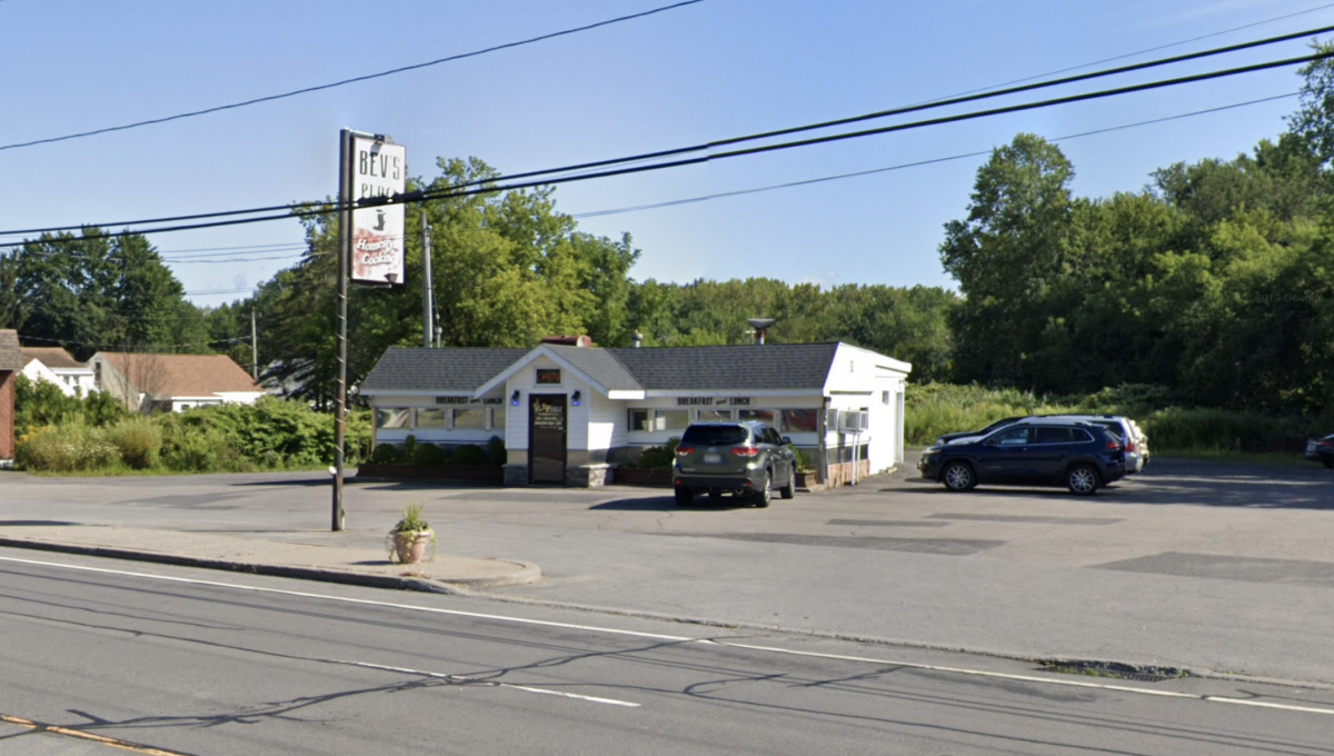 Outsi372 Oriskany Blvd, Whitesboro, New York