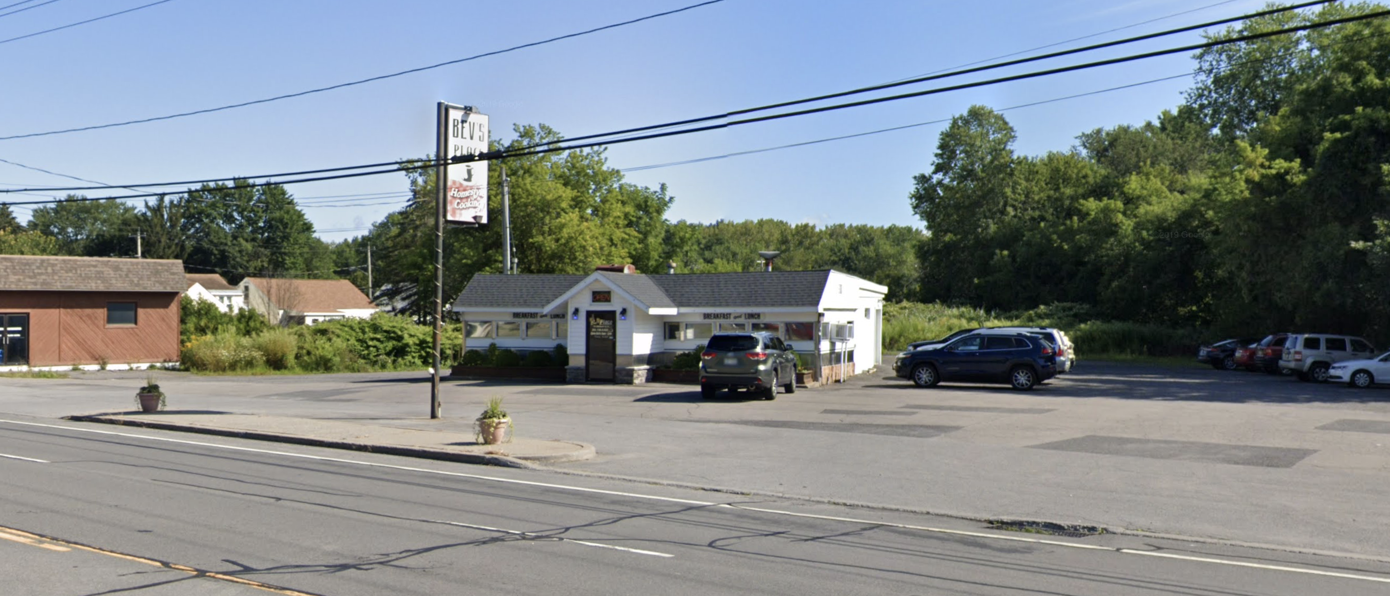 372 Oriskany Blvd, Whitesboro, New York